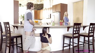 Morning sex with the hot teen and her insanely hot mom