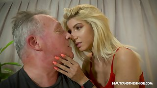 Fresh pussy is always emend and Missy Luv is one full nympho